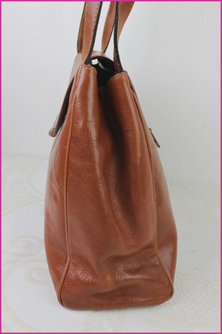 34f289df9e5 Great Bag GAMAK PARIS Brown Leather worn shoulder VERY GOOD ...